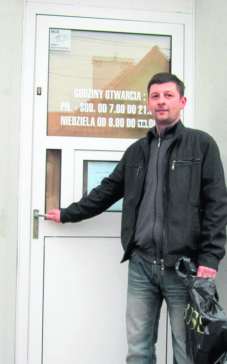 Mariusz Gryniewicz często robił zakupy w tej aptece przy ulicy Krakowskiej 26 w Bochni. Jest oburzony zachowaniem właściciela