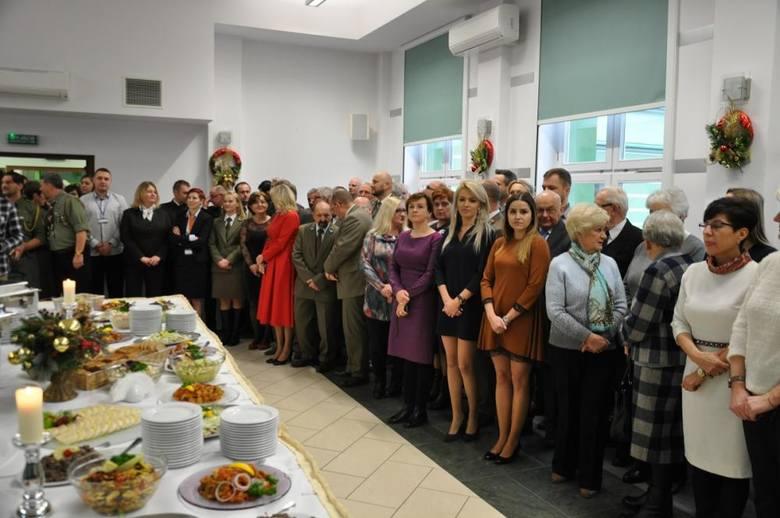 W towarzystwie biskupa i przedstawicieli władz miasta i regionu podlascy leśnicy spotkali się podczas wieczerzy wigilijnej.