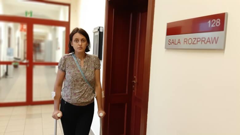 Elżbieta Dankiewicz twierdzi, że były mąż stracił zainteresowanie dzieckiem i po kilku godzinach oddał jej córeczkę.