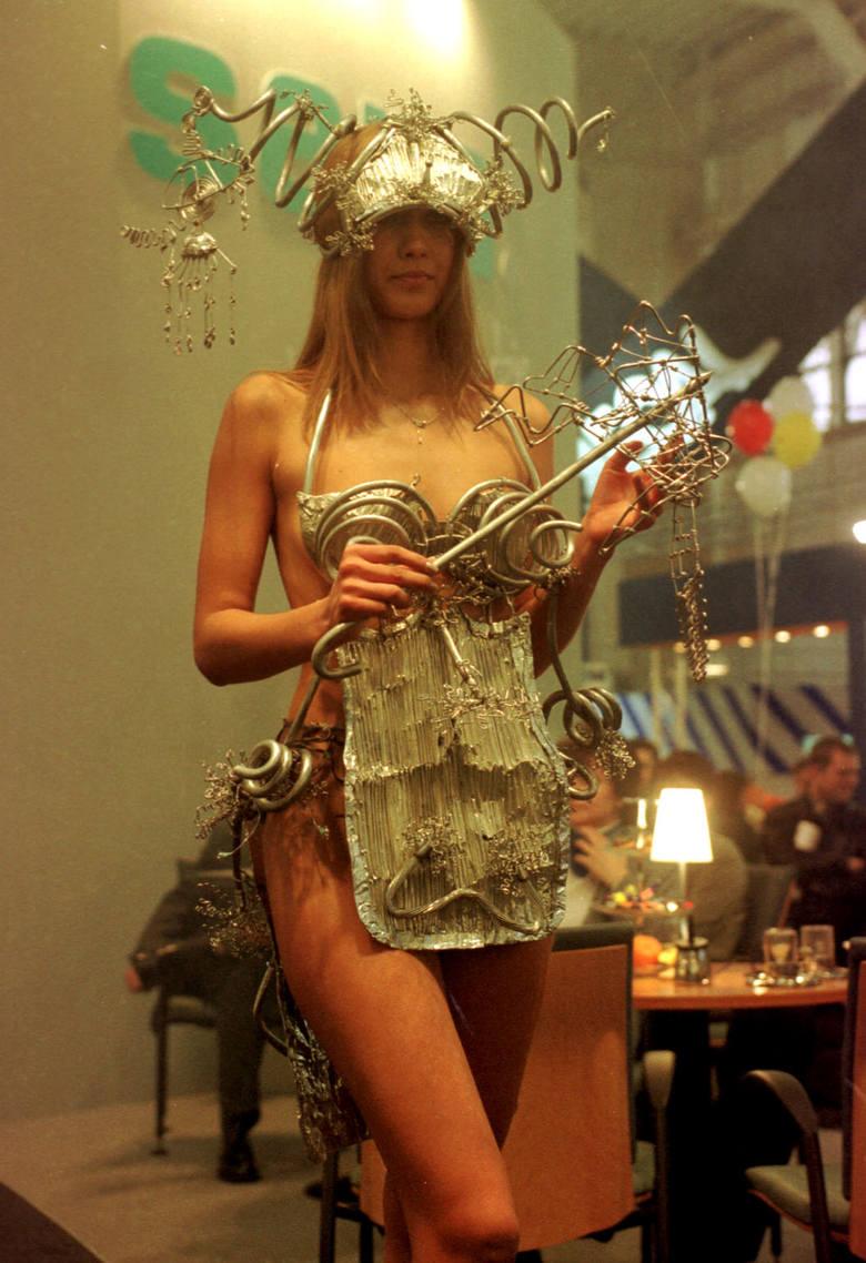 Najładniejsze hostessy z targów - Budma 2008Zobacz kolejne zdjęcie --->