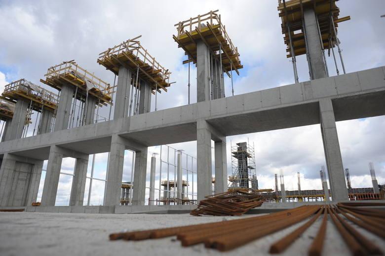 Inwestycja warta 25 milionów zł miała zakończyć się do maja 2012. Ten termin jest nierealny.