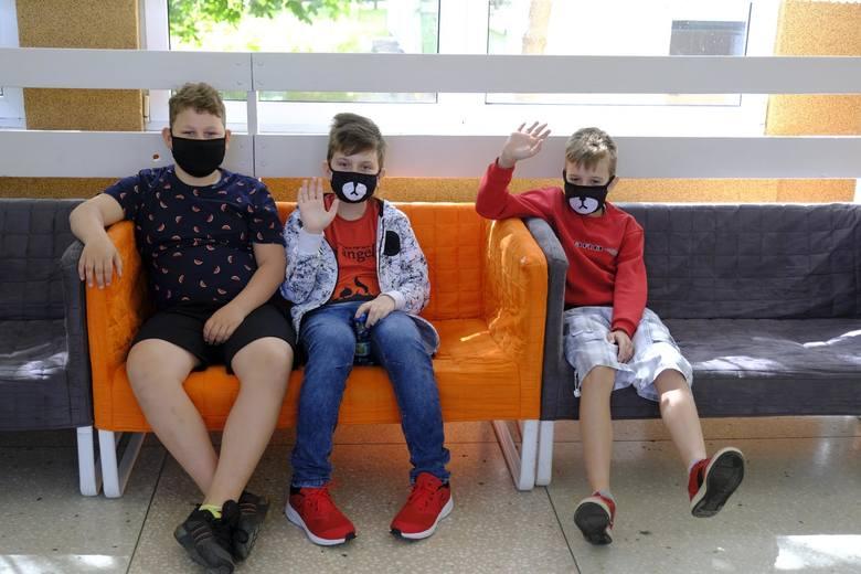 Powrót uczniów do szkół w systemie hybrydowym - 17 maja 2021
