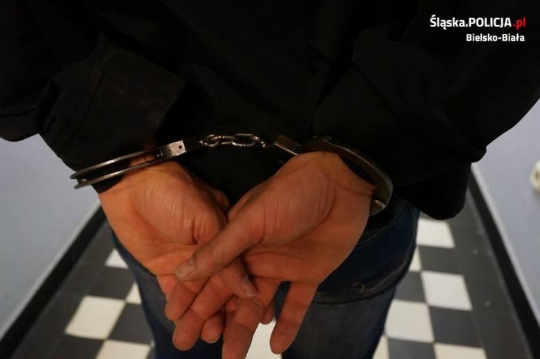 Policjanci z Żywca zatrzymali dilera narkotyków. Mężczyzna miał dużą ilość amfetaminy