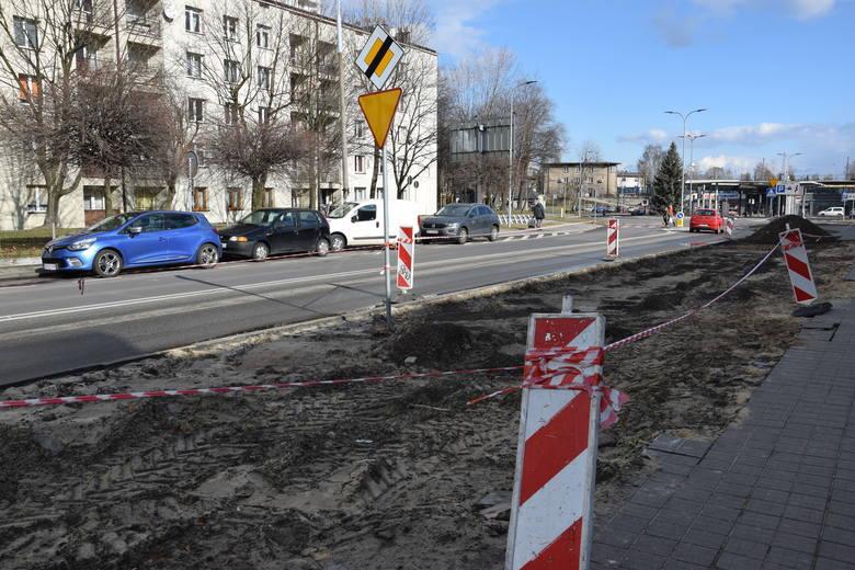 """Droga rowerowa między Centrum Przesiadkowym """"Ligota"""" a ulicą Medyków ma powstać przed końcem kwietniaZobacz kolejne zdjęcia. Przesuwaj zdjęcia w prawo"""