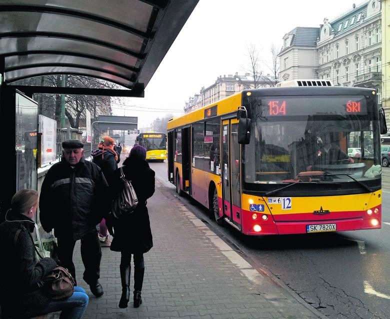 Nowe autobusy KZK GOP mają jeździć w barwach Górnego Śląska. Stare nie będą przemalowywane. A może jednak warto ujednolicić barwy także starych autobusów?