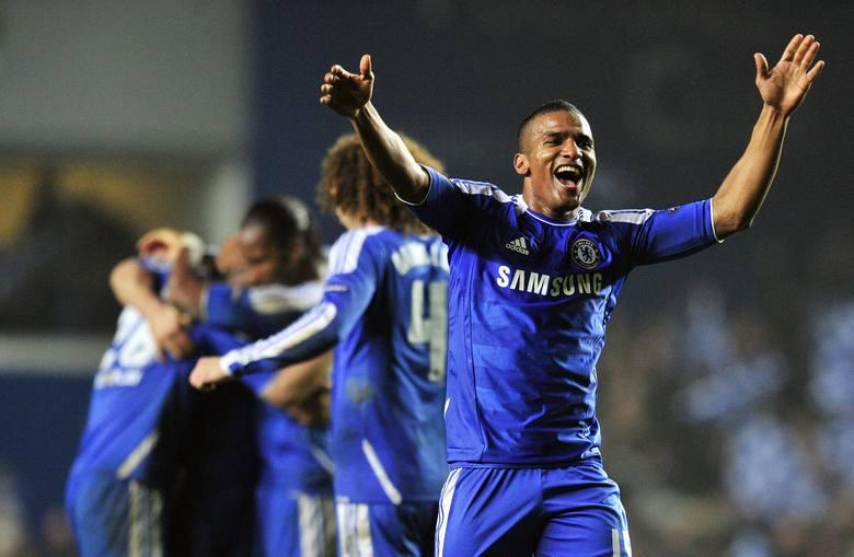Skrzydłowy przez wiele lat był podstawowym piłkarzem Chelsea. Radził sobie z rywalami wtedy, gdy The Blues sięgali po ligowe tytuły, a także podczas