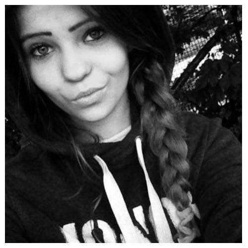 Pierwsza z zaginionych, Roksana Kaleta, ma 16 lat i ostatni raz widziana była 31 lipca 2019 r. w dzielnicy Łódź Górna.Rysopis zaginionej : wzrost 150-155cm,