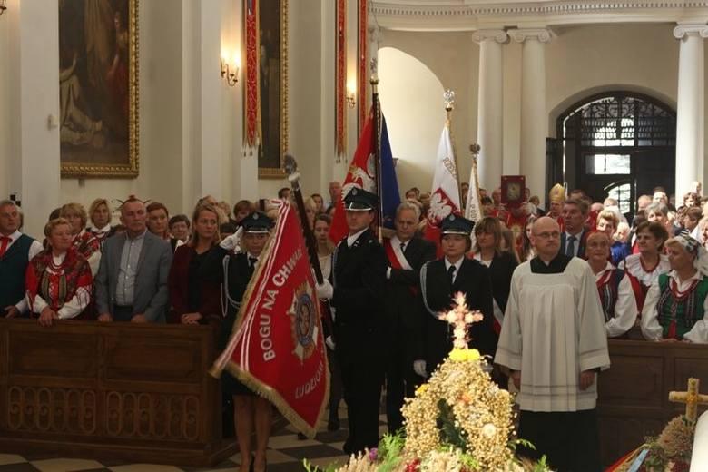 W kolejnym dniu, trwającego od ubiegłej niedzieli odpustu ku czci Podwyższenia Drzewa Krzyża Świętego, do sanktuarium na Świętym Krzyżu przybyli rolnicy,