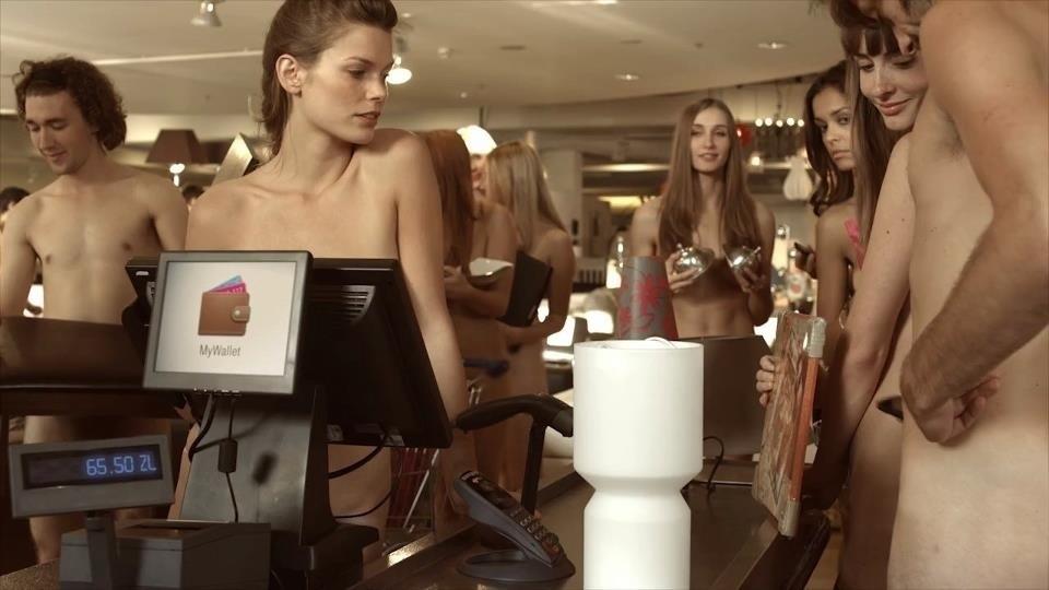 Nagie Kobiety I Nadzy Mężczyźni W Reklamie T Mobile
