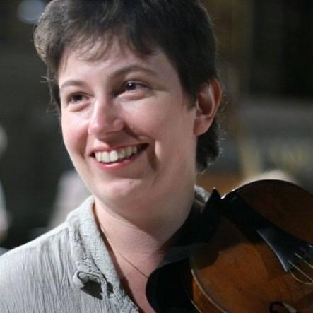 """Kati Debretzeni ze swoimi skrzypcami zawędrowała nawet do Boliwii, gdzie nagrała płytę """"Boliwijski barok"""""""