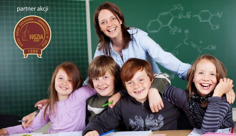 ANNA SAROTA-BORSZOWSKA, Nauczyciel klas I-IIIPani Anna jest nauczycielem jest od dziewięciu lat. Wcześniej pracowała jako logopeda na oddziale neurologicznym