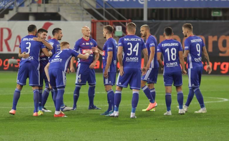 Piast Gliwice czeka ciężka przeprawa. Trzeci zespół minionego sezonu Ekstraklasy zmierzy się z wicemistrzem Danii, w którym występuje od niedawna Kamil