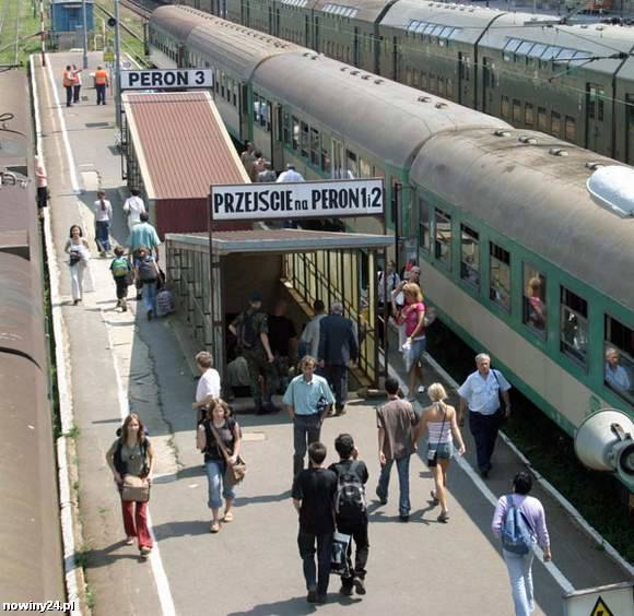 Wyniki kontroli: na dworcach PKP wciąż brakuje toalet dla podróżnych
