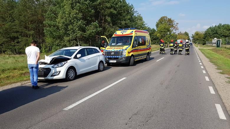 Do wypadku na DK 65, między miejscowościami Ruda a Koszarówka, doszło we wtorek o godzinie 10.