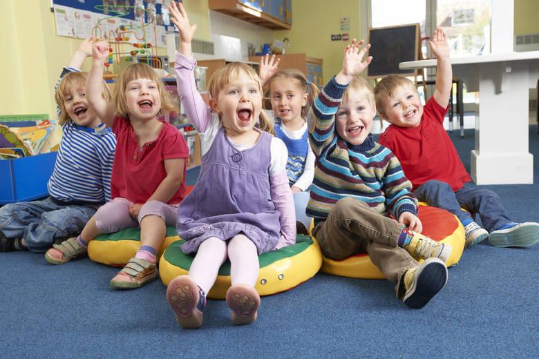 Oto dzieci, które walczą o tytuł Najsympatyczniejszej Grupy Przedszkolnej z Nowego Sącza. Zobaczcie galerię! Aktualne wyniki głosowania znajdziesz T
