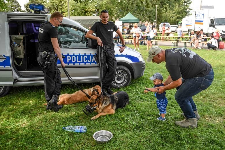 Festyn Niebiescy DzieciomPark Kasprowicza przy ArenieSobota, 2 wrześniagodz. 13.00-17.30wstęp wolny
