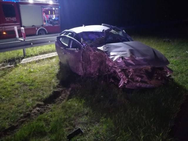 Do zdarzenia doszło w środę około godz. 2 w nocy, na przeworskim odcinku autostrady A4, na wysokości Chałupek.20-letni mieszkaniec powiatu jarosławskiego,