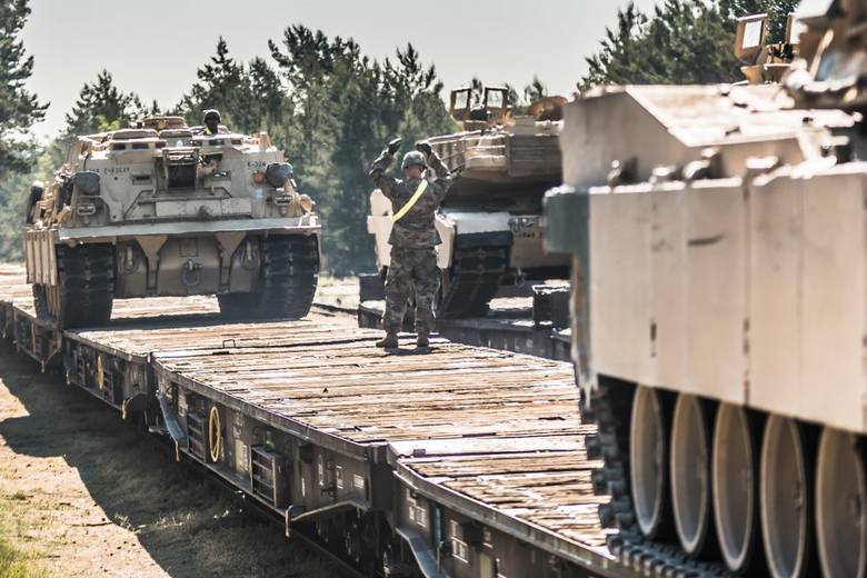 Kolejny transport, tym razem kolejowy, z żołnierzami amerykańskimi wchodzącymi w skład 1 Pancernej Brygadowej Grupy Bojowej (ABCT) dotarł 29 maja br.
