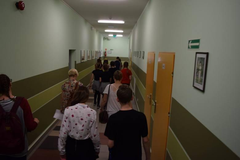 I Wojewódzki Festiwal Piosenki w Językach Obcych w SP nr 9 w Skierniewicach [ZDJĘCIA]