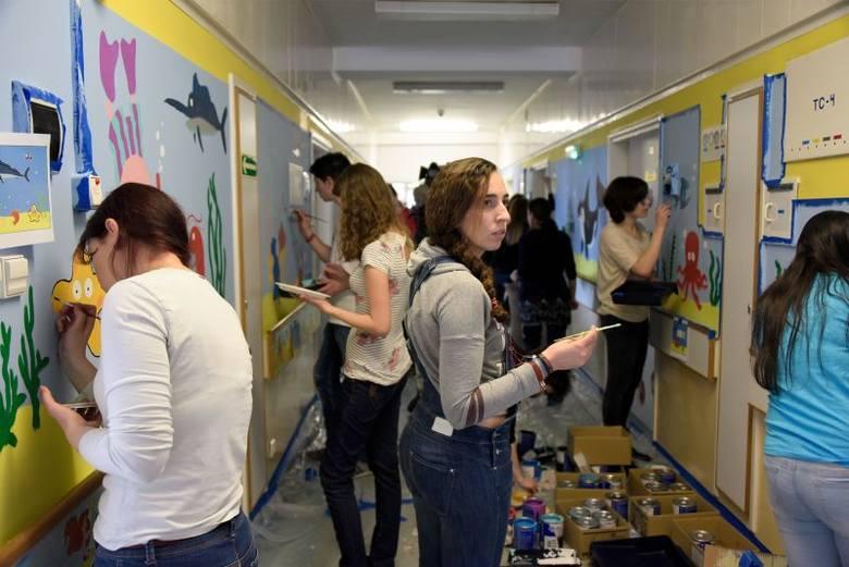 Studenci z programu Erasmus + upiększali UDSK (zdjęcia)
