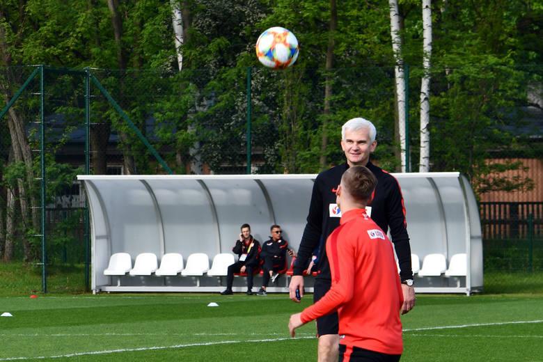 Elite League. Słowacko-niemieckie powołania Jacka Magiery. Będą debiuty w U-20?