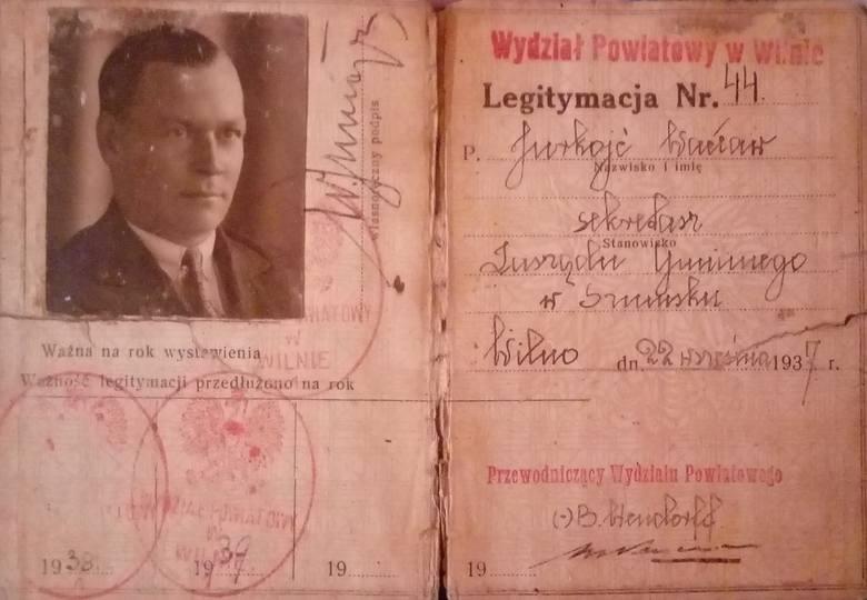 """Legitymacja Wacława Jurkojcia, """"sekretarza zarządu gminnego w Szumsku"""""""