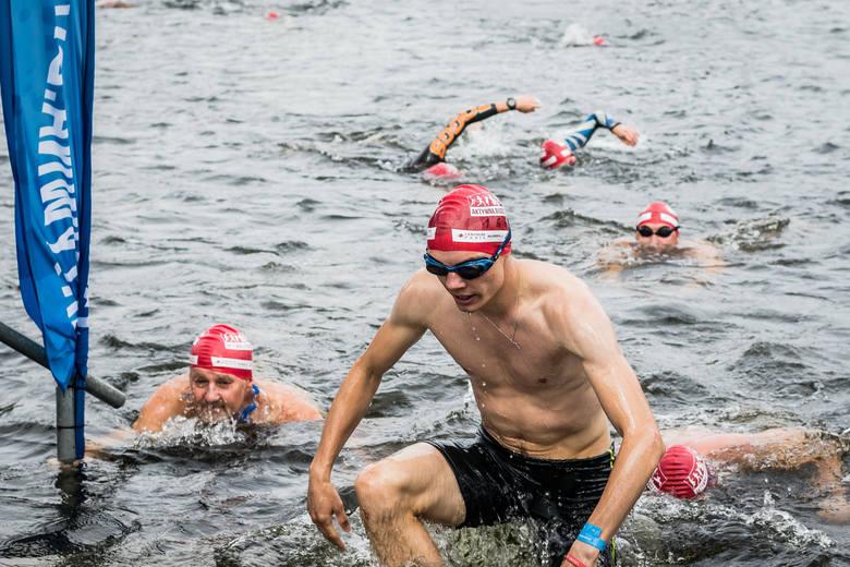 15 sierpnia odbyła się piąta edycja zawodów, podczas których miłośnicy pływania mogli sprawdzić swoje umiejętności. Na starcie pojawiło się kilkuset