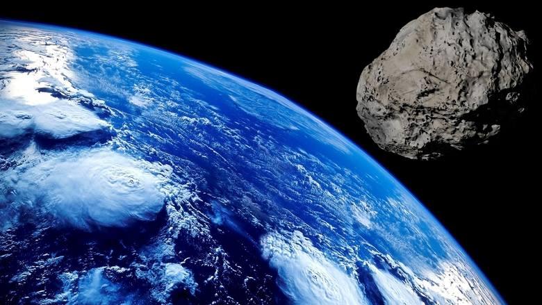 Na zdjęciu asteroida zmierzająca w kierunku Ziemi