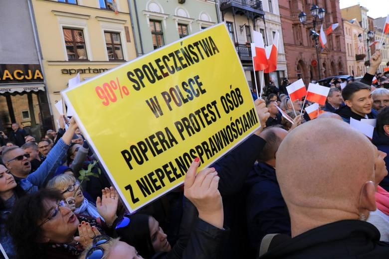 W niedzielę do Torunia zajrzał premier Mateusz Morawiecki