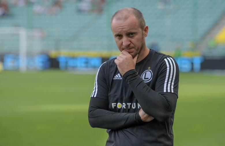 Legia Warszawa - Lech Poznań: Starcie trenerów na przeciwnych biegunach. Aleksandar Vuković chce utrzymać posadę, Dariusz Żuraw obrany kurs