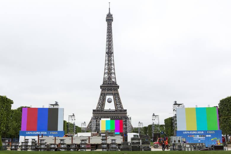 W Paryżu i innych miastach, w których zostaną rozegrane mecze Euro 2016 przygotowywane są strefy kibica