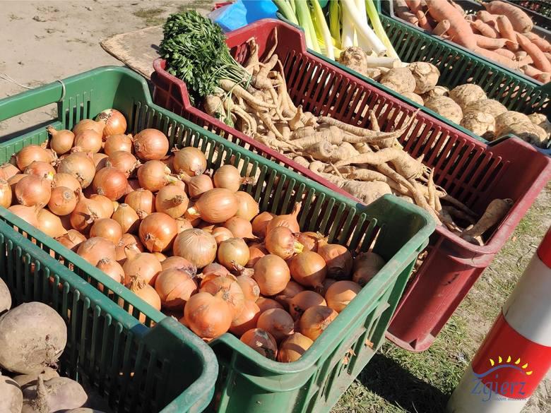 Zaopatrzenie na święta zrobimy blisko domu. Oto Kolejne miejsca handlu owocami i warzywami w Zgierzu.