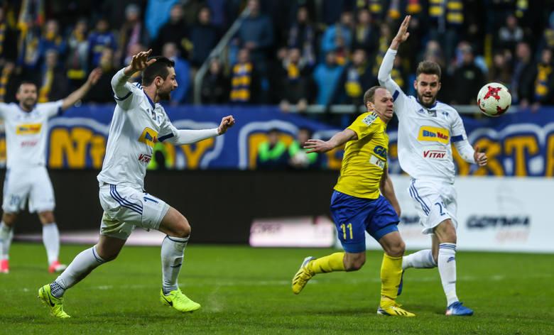 Przemysław Szymiński to bardzo solidny i perspektywiczny zawodnik z dwuletnim doświadczeniem z boisk włoskiej Serie B