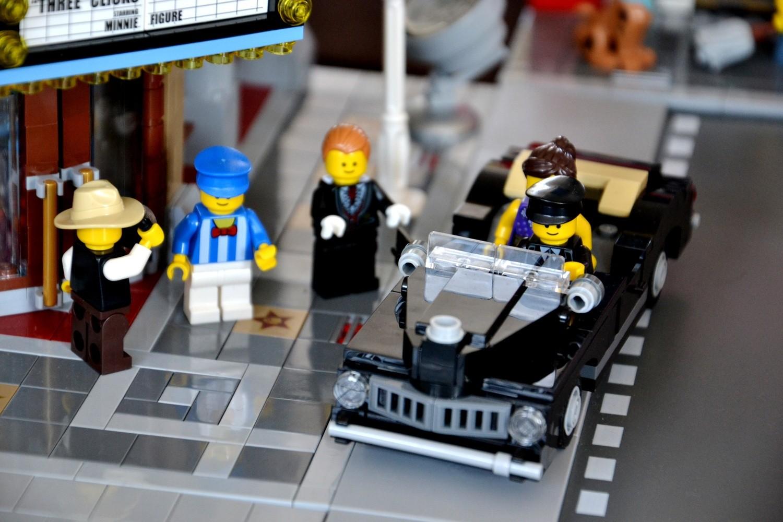 Wolsztyn: Zobacz wystawę klocków LEGO na dworcu PKP [ZDJĘCIA]