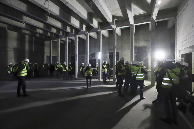 Prace przy budowie Muzeum Pamięci Sybiru idą pełną parą. Dużo betonu i szkła [ZDJĘCIA]