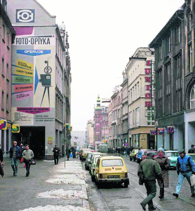 Wrocławskie murale z PRL-u. Czy pamiętasz jeszcze takie miasto?