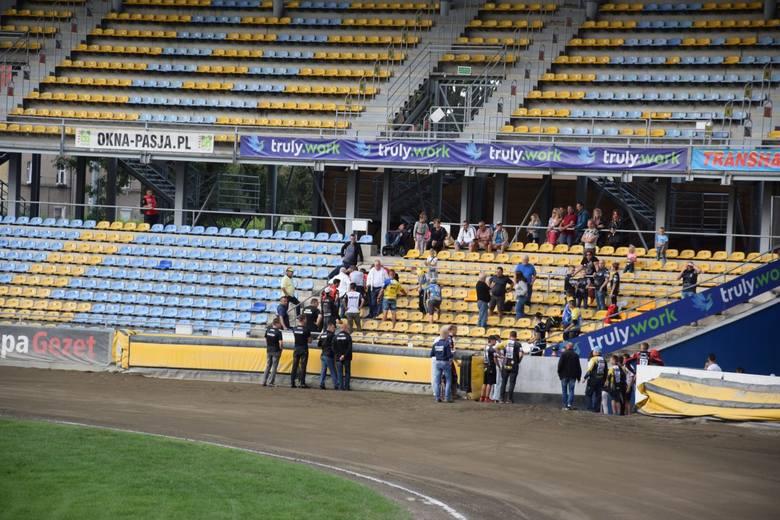 W środę (17 lipca) na stadionie im. Edwarda Jancarza wGorzowie Wlkp. doszło do koszmarnego wypadku. Zawodnik Lokomotivu Daugavpils, Artiom Trofimow wypadł