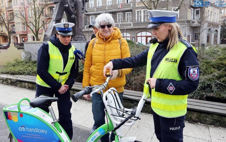 Rowerowy Dzień Wiosny. Odblaski i prezenty dla cyklistów [wideo]