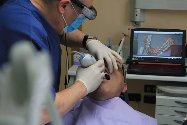 Ranking stomatologów w Lublinie. Poznaj 20 najbardziej polecanych przez pacjentów dentystów