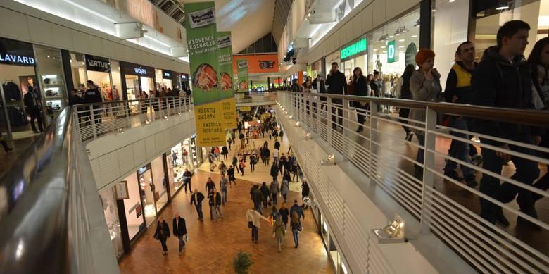 W Manufakturze w Łodzi powstają nowe sklepy, przybędzie także restauracji