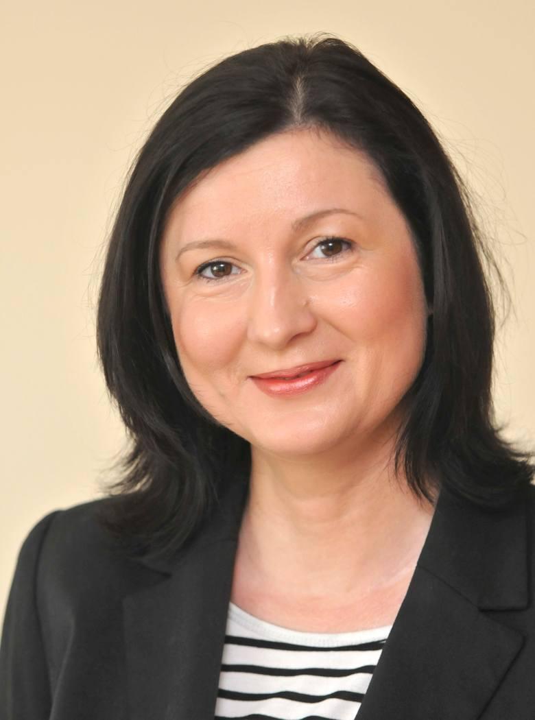 Smoleńsk - PiS uderza w spokój zmarłych [rozmowa]
