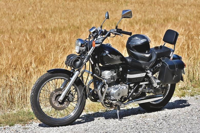 Marzysz o własnym motocyklu?  Interesuje cię chopper, corss, enduro, a może skuter lub quad? Chcesz kupić go w rozsądnej cenie? Sprawdziliśmy najnowsze