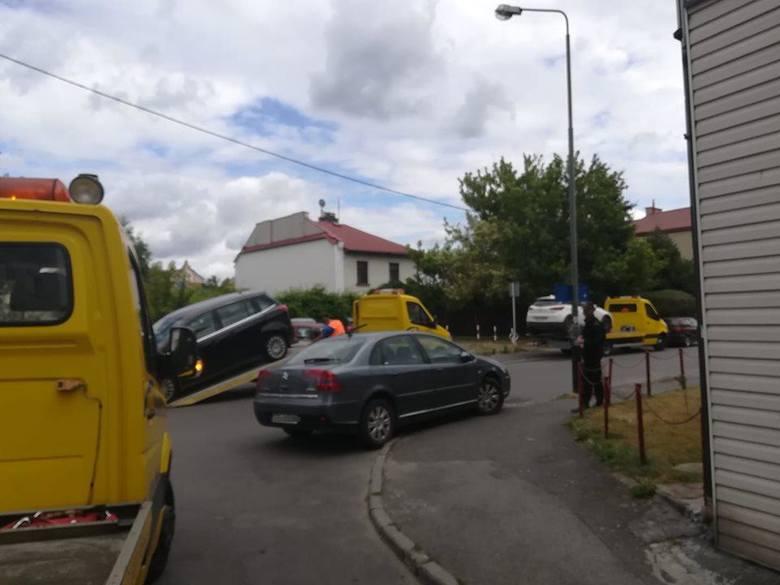 Rzeszowska Straż Miejska odholowała 8 aut ze Śródmieścia. Koszt odholowania to 440 zł! [ZDJĘCIA INTERNAUTY]