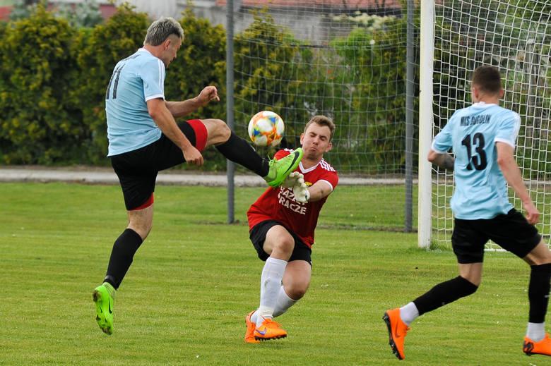 4. liga piłkarska. Skalnik Gracze - MKS Gogolin 1-2