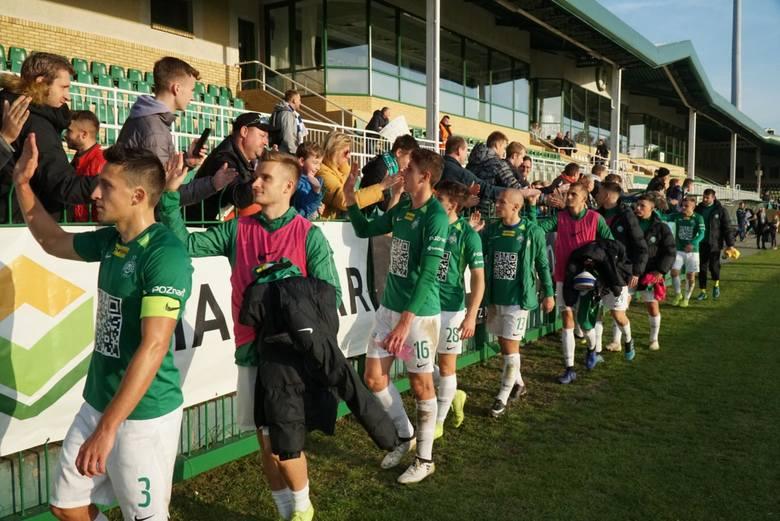 Piłkarze poznańskiej Warty mają się z czego cieszyć. Po bardzo udanej rundzie jesiennej Zieloni są liderem Fortuna 1. Ligi.