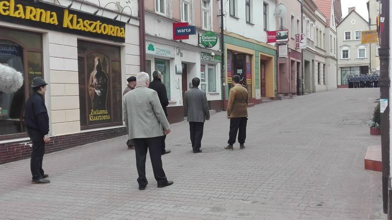 Starcia demonstrantów z oddziałami ZOMO.