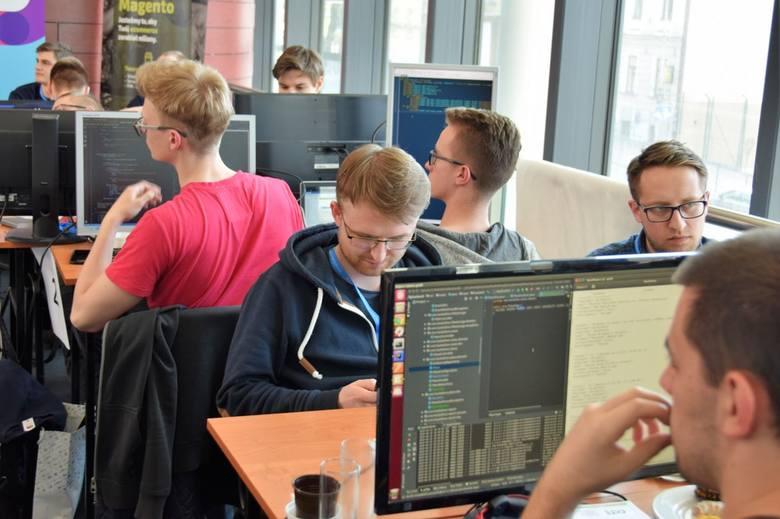 Tarnów. Najlepsi programiści i start-upy nagrodzone na finał Forum Innowacji