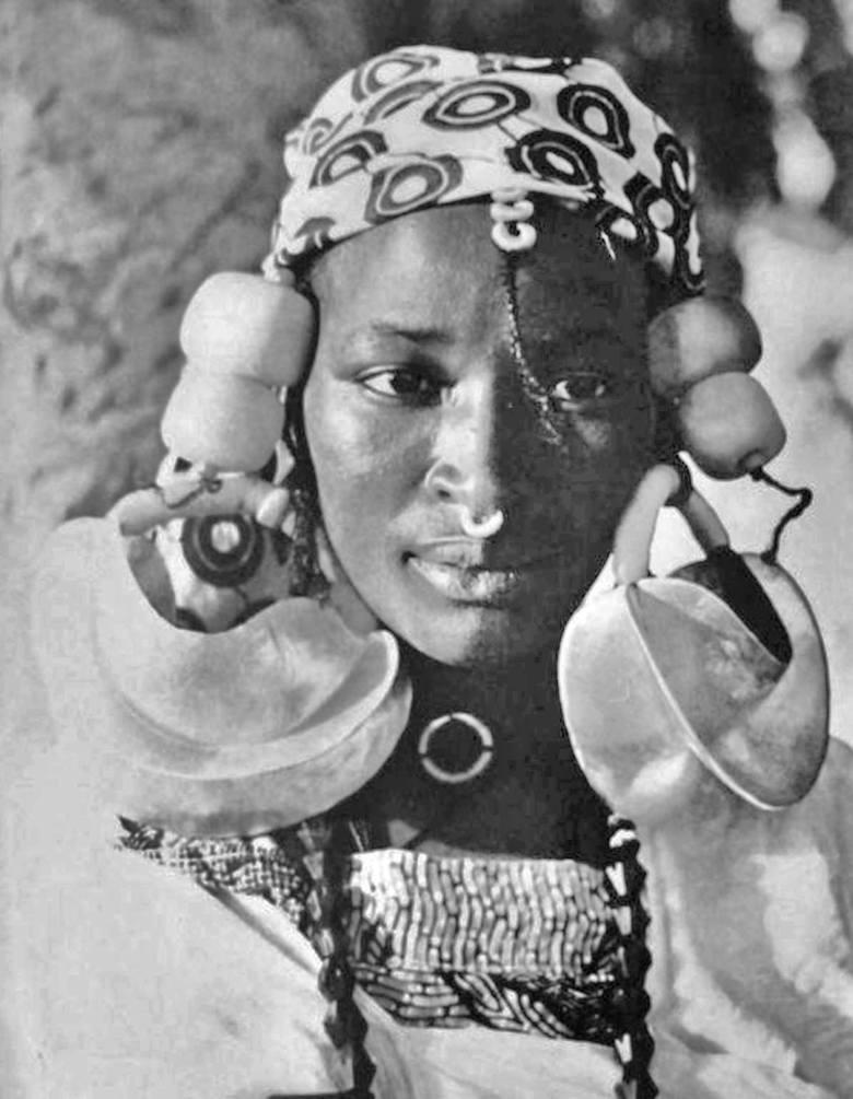 gorące nagie afrykańskie dziewczynyCollege Girls lesbijska orgia