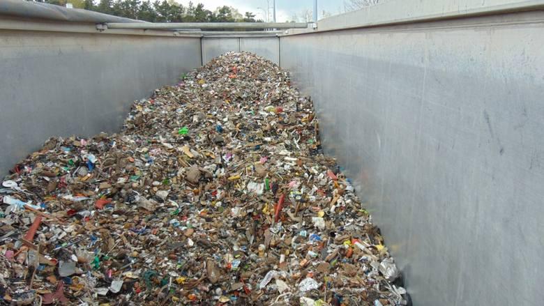 nielegalne śmieci