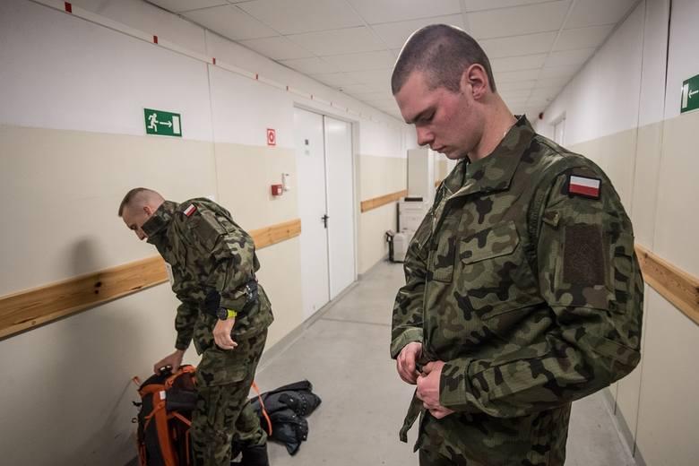 Po zdaniu egzaminu żołnierze złożą przysięgę wojskową 14 grudnia.